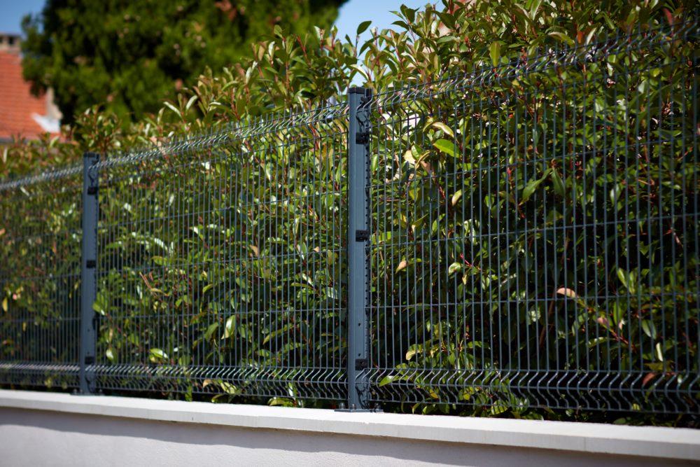 pose clôture 26